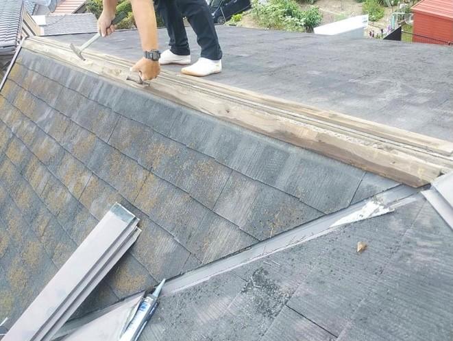 安城市 強風によりとんだ棟板金の応急処置後の補修工事